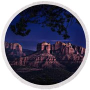 Sedona Cathedral Rock Post Sunset Glow Round Beach Towel