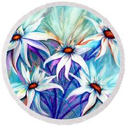 Round Beach Towel featuring the painting Shasta Daisy Dance by Janine Riley