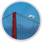 Shuttle Endeavour At The Golden Gate Round Beach Towel
