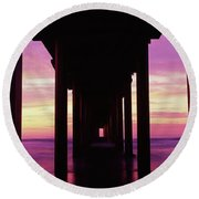 Silhouette Of A Pier In The Pacific Round Beach Towel