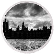 Silhouette Of  Palace Of Westminster And The Big Ben Round Beach Towel