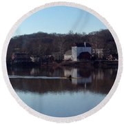 Single Scull On The Delaware Round Beach Towel