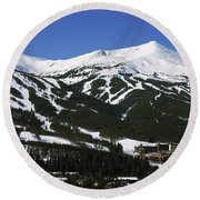 Ski Resorts In Front Of A Mountain Round Beach Towel