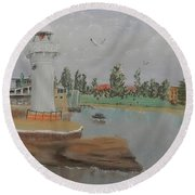 Small Lighthouse At Wollongong Harbour Round Beach Towel
