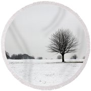 Snow On Epsom Downs Surrey England Uk Round Beach Towel