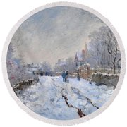 Snow Scene At Argenteuil Round Beach Towel