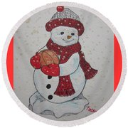 Snowman Playing Basketball Round Beach Towel