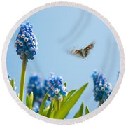 Something In The Air Round Beach Towel