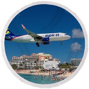 Spirit Airlines Low Approach To St. Maarten Round Beach Towel