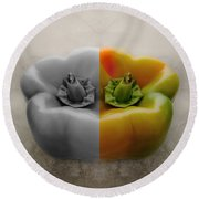 Split Pepper Round Beach Towel