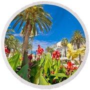 Split Riva Palms And Flowers Round Beach Towel