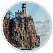 Split Rock Lighthouse In Winter Round Beach Towel