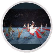 Spontaneous Gallantry Round Beach Towel