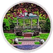 Spring At Lynch Park Round Beach Towel