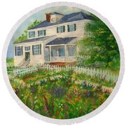 Spring In Colonial Williamsburg- Cole House Round Beach Towel