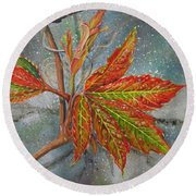 Spring Virginia Creeper Round Beach Towel