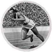 Sprinter Jesse Owens Round Beach Towel