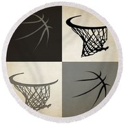 Spurs Ball And Hoop Round Beach Towel