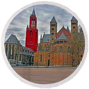 Square Of Maastricht Round Beach Towel