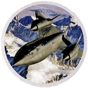 Sr-71 Over The Sierras Round Beach Towel
