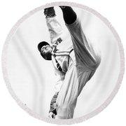 Star Pitcher Van Lingo Mungo Round Beach Towel by Underwood Archives