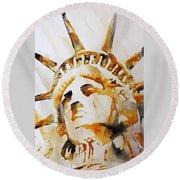 Statue Of Liberty Closeup Round Beach Towel