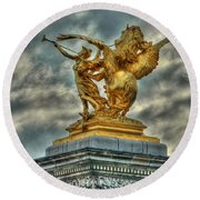 Statue On Pont Alexandre IIi Round Beach Towel