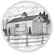Stone Ridge Barn With Flag Round Beach Towel