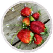 Round Beach Towel featuring the digital art Strawberrries by Valerie Reeves