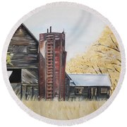 Golden Aged Barn -washington - Red Silo  Round Beach Towel