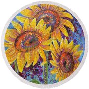 Round Beach Towel featuring the painting Sun-kissed Beauties by Margaret Bobb