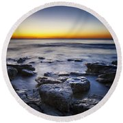 Sunrise At Cave Point Round Beach Towel