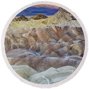 Sunrise In Death Valley Round Beach Towel