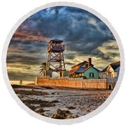 Sunrise Over The House Of Refuge On Hutchinson Island Round Beach Towel