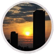 Sunrise Silhouette Buffalo Ny V2 Round Beach Towel