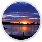 Sunset At Creve Coeur Park Round Beach Towel