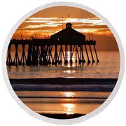 Sunset At Ib Pier Round Beach Towel