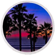 Sunset From The Ocean Park Inn Round Beach Towel