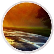 Sunset Glint In The Mist Round Beach Towel