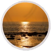 Sunset Over Kona Round Beach Towel