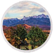 Sunset Over Owl Creek Pass Round Beach Towel