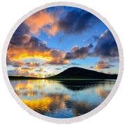 Sunset Over Toe Head Isle Of Harris Round Beach Towel
