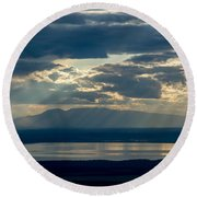 Sunset Rays Over Mount Susitna Round Beach Towel