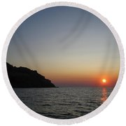 Round Beach Towel featuring the photograph Sunset by Vicki Spindler