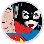 Superman And Catwoman  Round Beach Towel