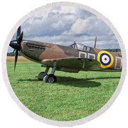 Round Beach Towel featuring the photograph Supermarine Spitifire 1a by Paul Gulliver