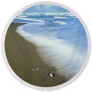 Surf Washes Onto Umpqua Beach Round Beach Towel