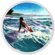 Surfer Coming In Round Beach Towel