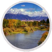 Swan Valley Autumn Round Beach Towel