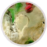Tabby And Tulips Round Beach Towel
